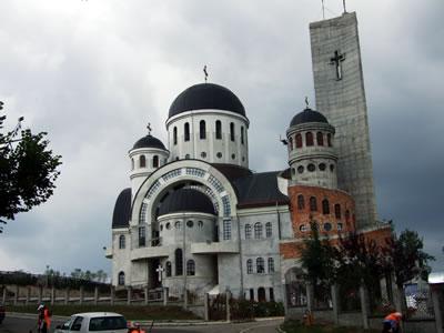 Zalau cathedral photo 3